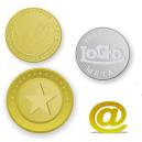 Token e monete in ottone con logo e testo in rilievo