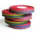 Rotoli di nastro colorato per fare braccialetti festival